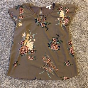 Floral Capped Sleeve Top
